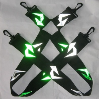 Green arrow suspenders